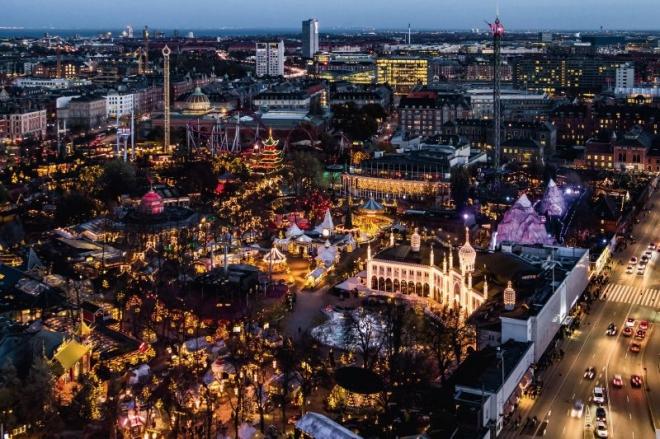 Miles de luces en Tivoli para celebrar la Navidad